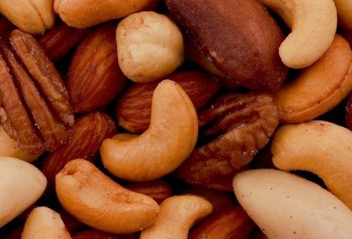 Oléagineux : combattre le cholestérol avec les bons acides gras