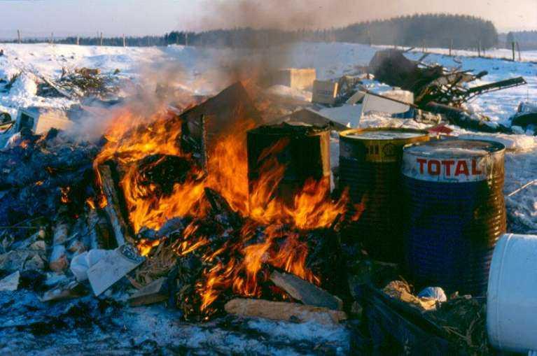 Les dioxines liées aux incinérations non contrôlées de déchets