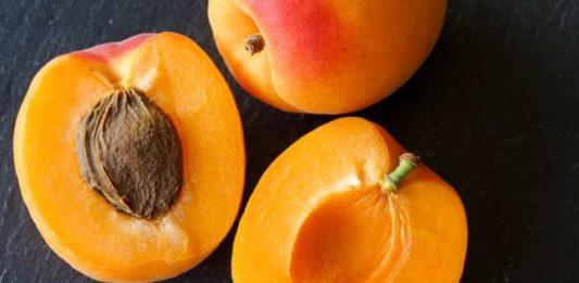 amandes abricot cyanure