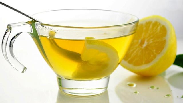 eau-chaude-citron
